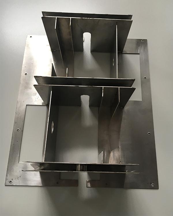 喷雾机不锈钢钣金件